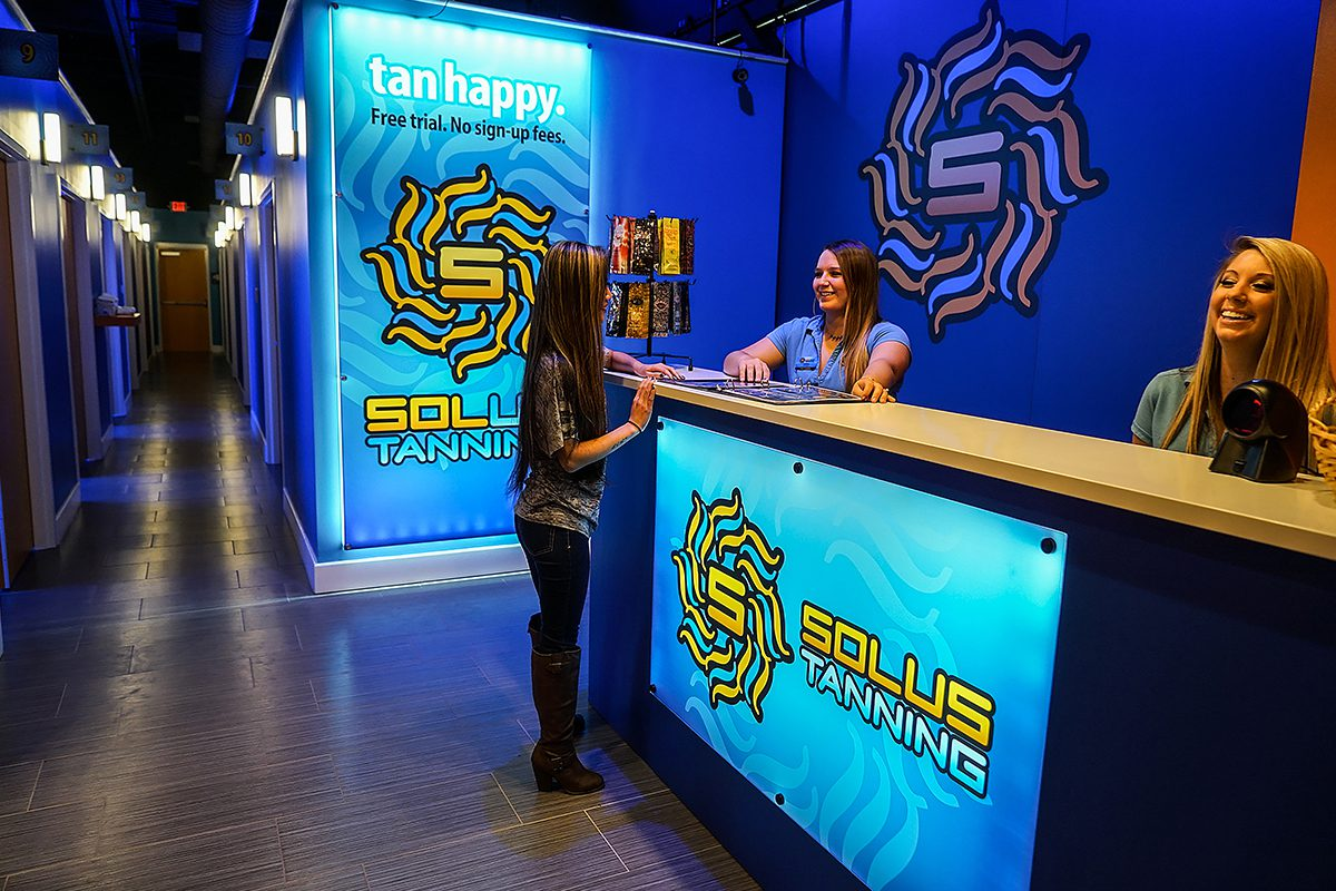 Solus. Tan Happy - Retail Branding C7 Creative.com
